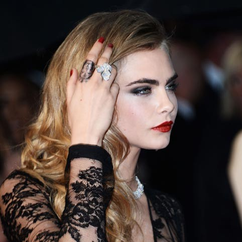 Celebrity tattoos including cara delevingne kate moss and for Kate moss tattoo
